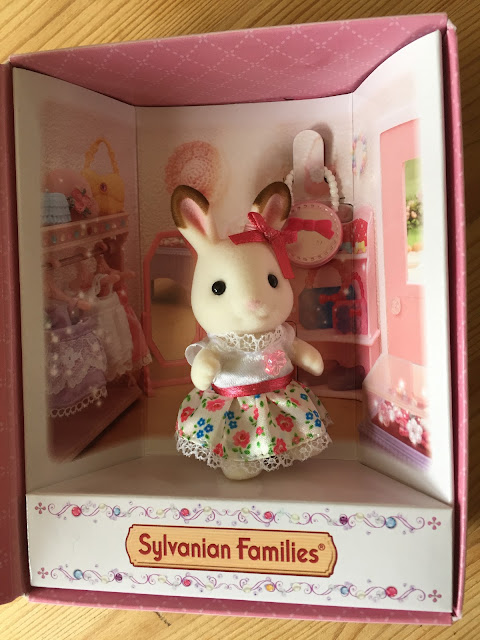 Freya Chocolate Rabbit Sylvanian Families