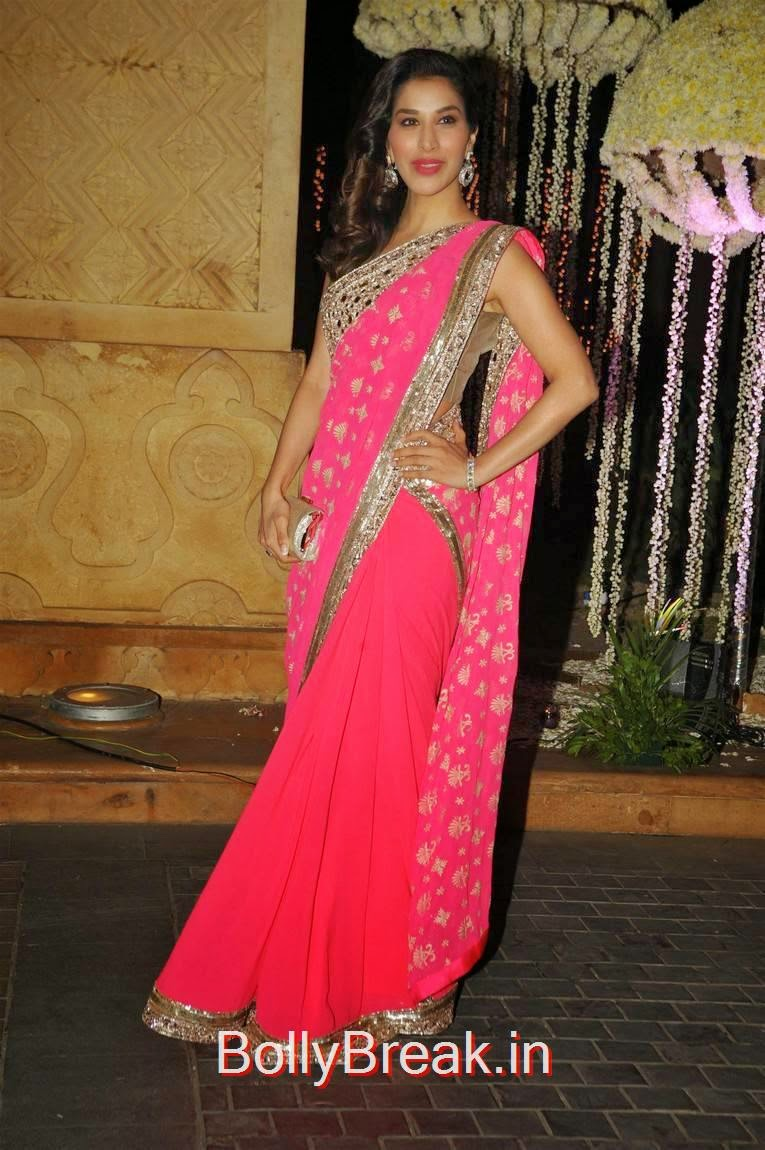 Celebrities At Riddhi Malhotra Marriage Reception, Karishma Kapoor, Urmila Matondkar, Kriti Sanon, Sophie Choudry At Riddhi Malhotra Wedding Reception