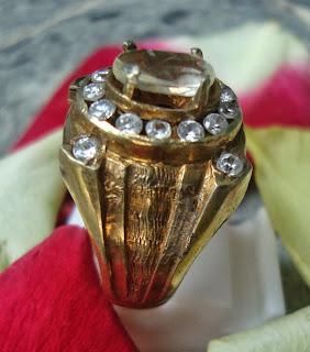 azimat bertuah ampuh ,benda ,pusaka ,mustika cincin saloko sari
