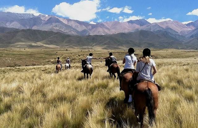 Passeio a cavalo em Mendoza, Argentina
