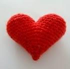 http://translate.google.es/translate?hl=es&sl=de&tl=es&u=http%3A%2F%2Flittleyarntales.tumblr.com%2Fpost%2F111532497834%2Fpattern-3d-crochet-heart