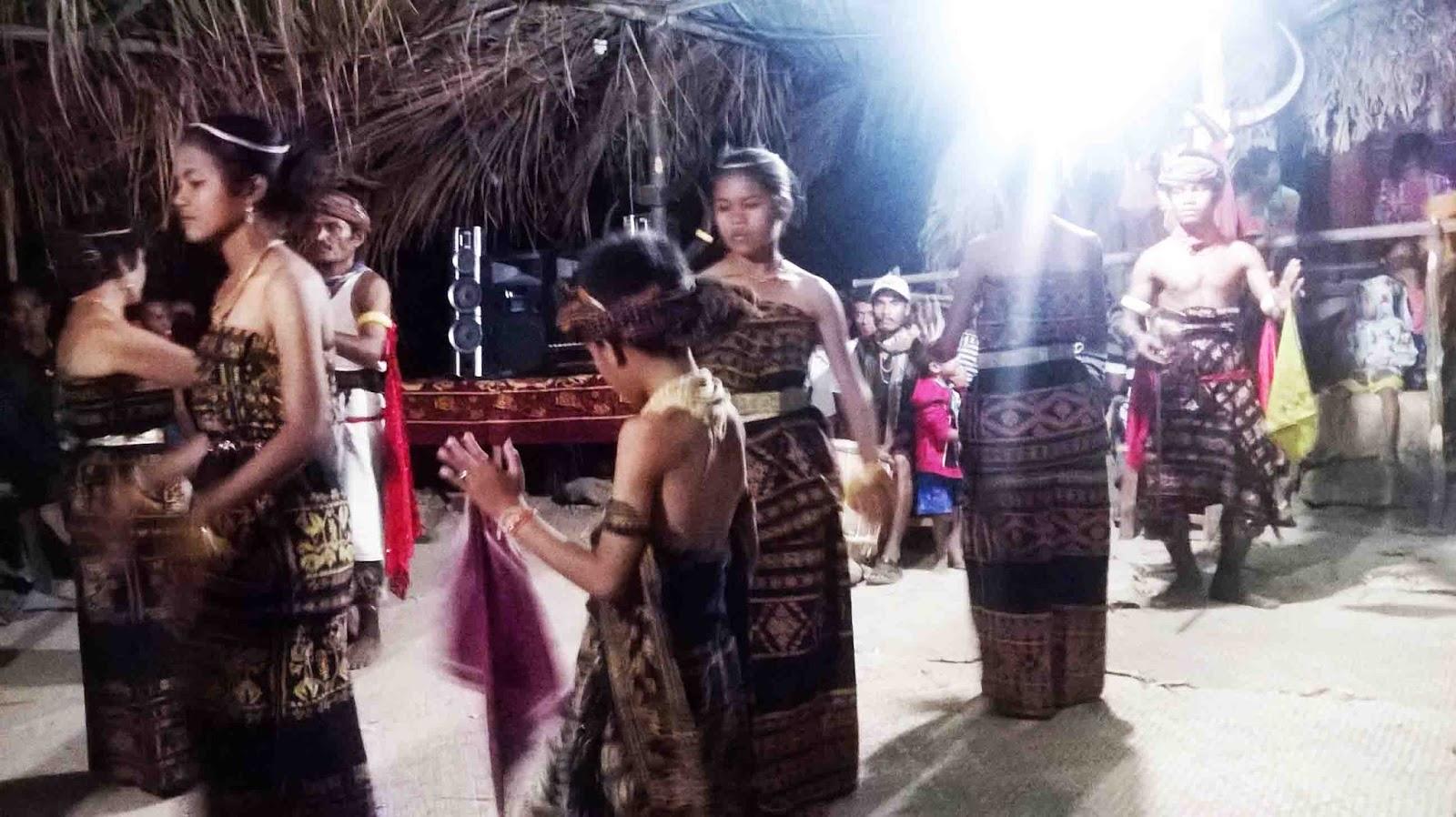 Tari Ledo Hawu, Tarian Tradisional Dari Daerah Sabu Raijua Provinsi NTT
