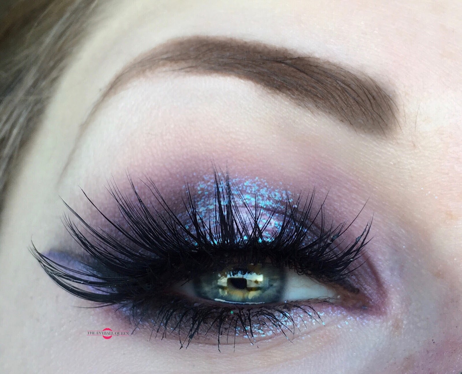 Dramatic Iridescent Shimmering Purple Reflects Blue Halo Eye Makeup