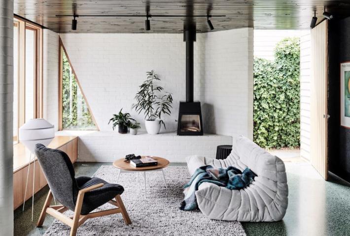 Una casa modular con un espectacular suelo de terrazo verde