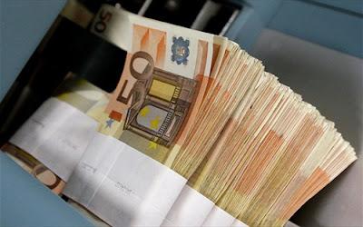 Η ΑΠΙΣΤΕΥΤΗ ΑΠΑΤΗ με την ΠΛΑΣΤΗ ταυτότητα έπερνε αβέρτα κουβέρτα δάνεια...