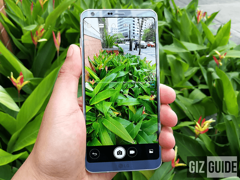 It's dual rear cameras has normal and wide angle modes