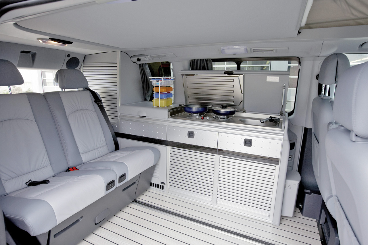 Mercedes Viano 2014 Interieur © Automotiveblogz: Mercedes-benz Sprinter Caravan Concept