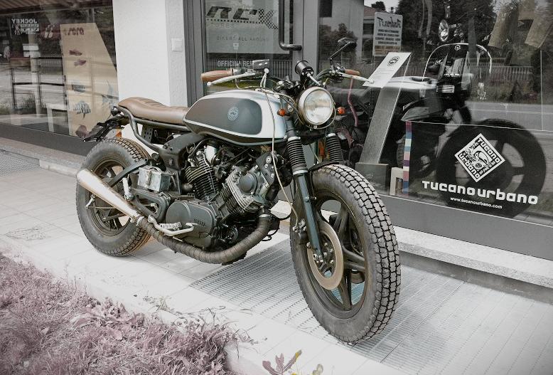 ϟ Hell Kustom ϟ: Yamaha Virago 750 By Skinny Cafe Racer