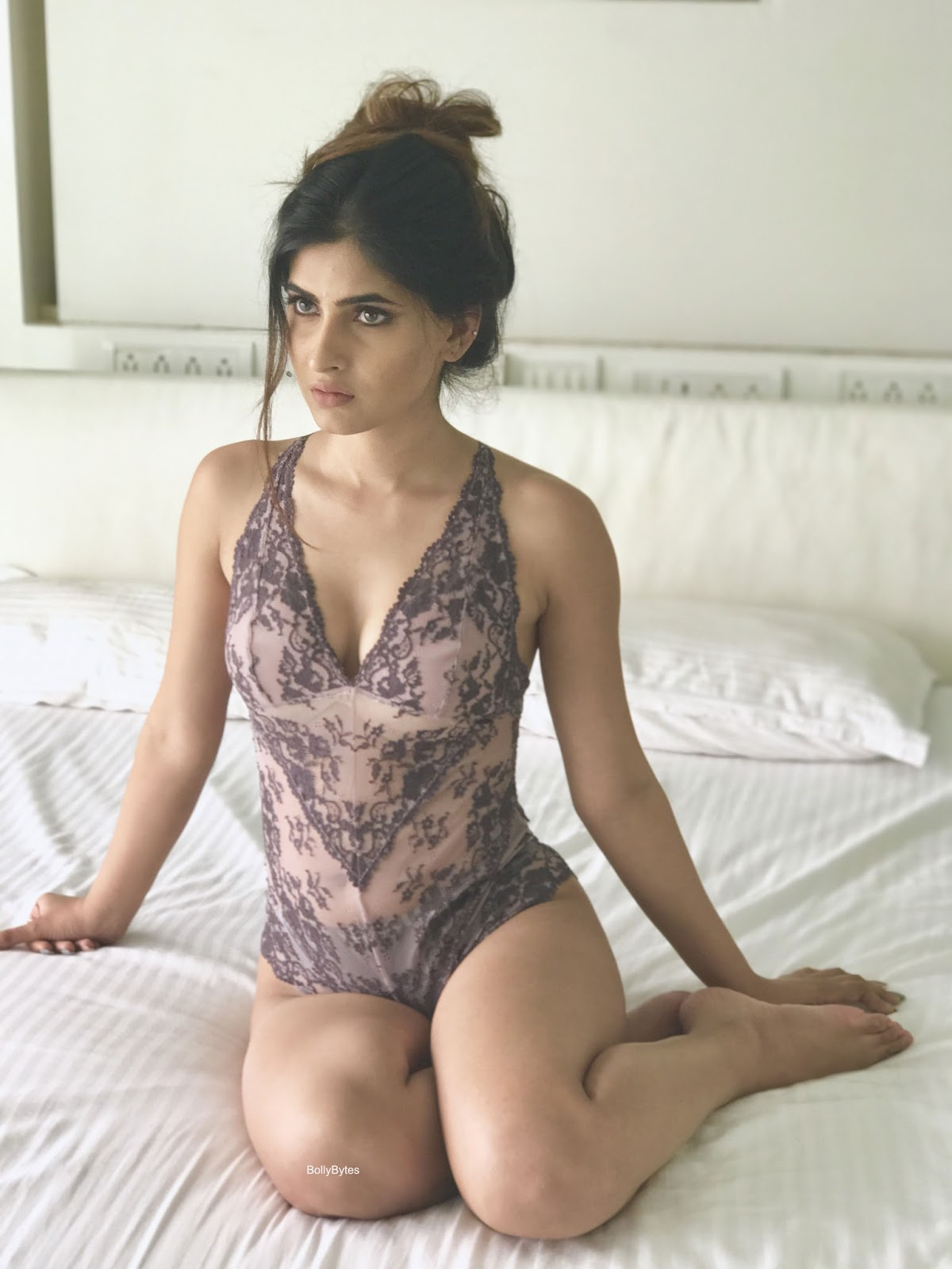 Meet Ragini Mms Returns Star Karishma Sharma - Bollybytes-4429