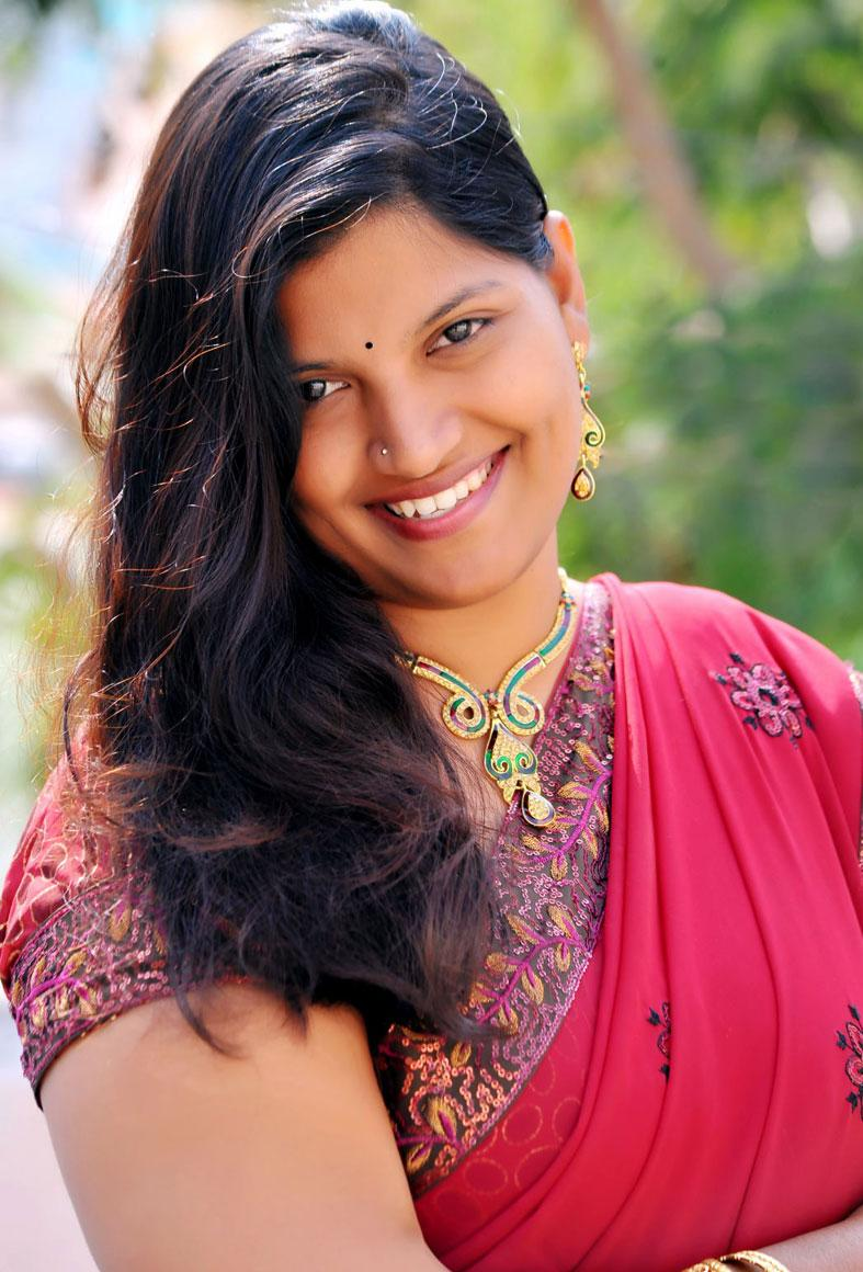 telugu actress preethi saree latest spicy shoot stills tamil indian masala hindi cinema galleries