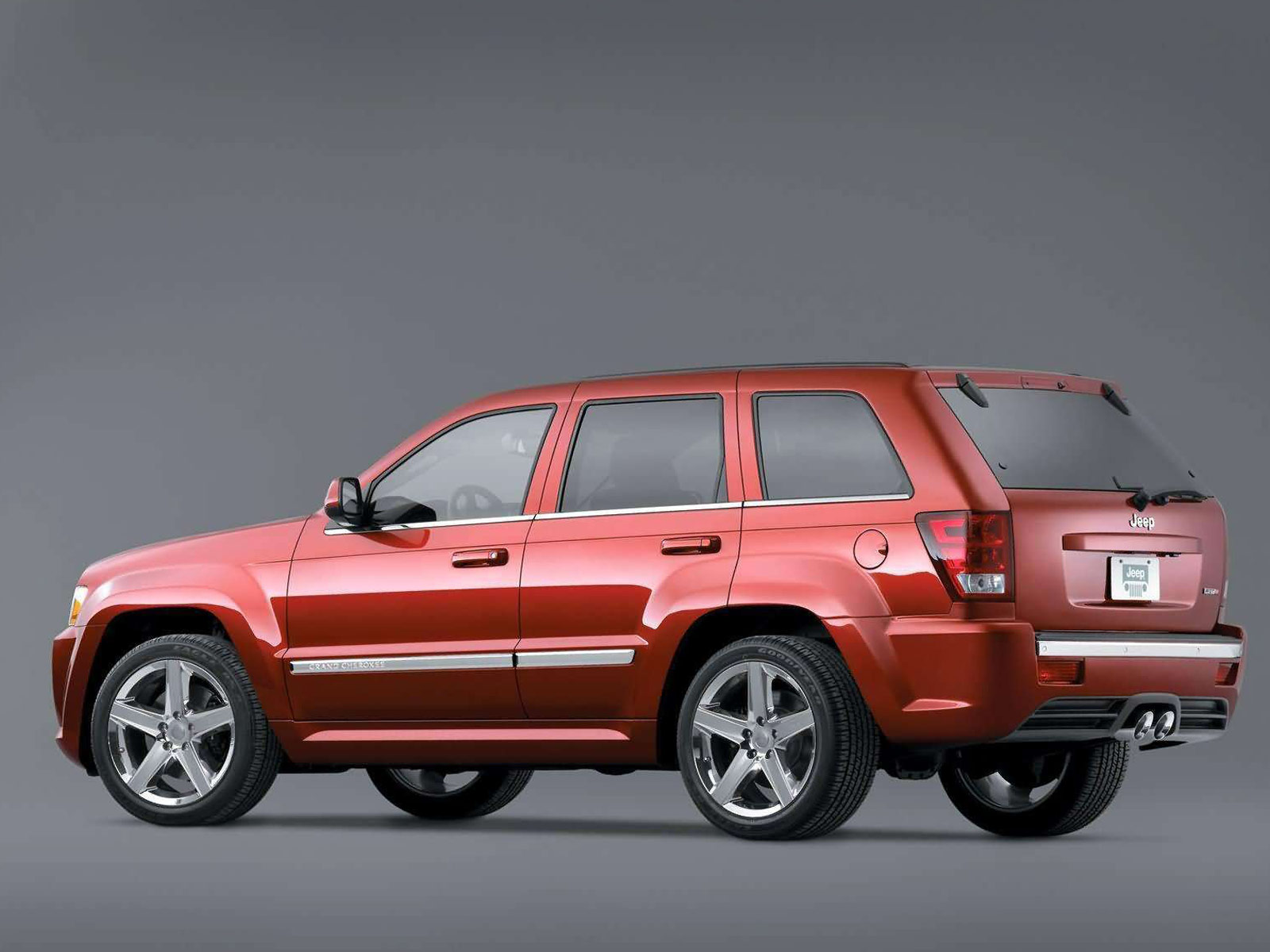 2006 jeep grand cherokee srt8 car wallpaper auto trends magazine. Black Bedroom Furniture Sets. Home Design Ideas