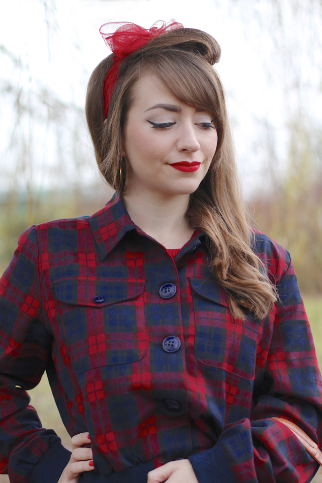 Collectif Cheyenne jacket for a cute 50s style casual look with high-waisted jeans