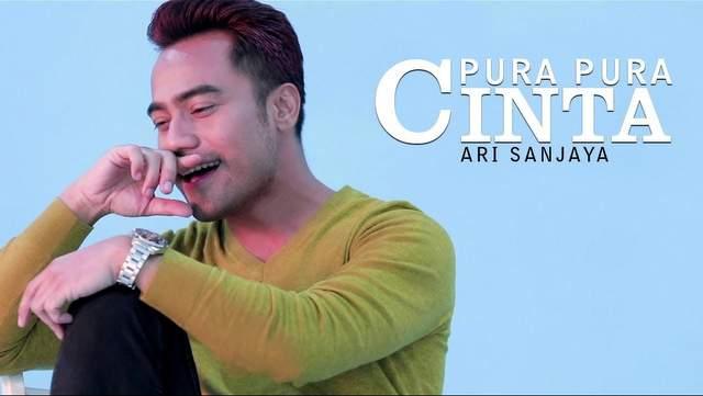 Ari Sanjaya - Pura Pura Cinta