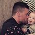El papá que cuida al bebé no ¨ayuda¨, ejerce la paternidad
