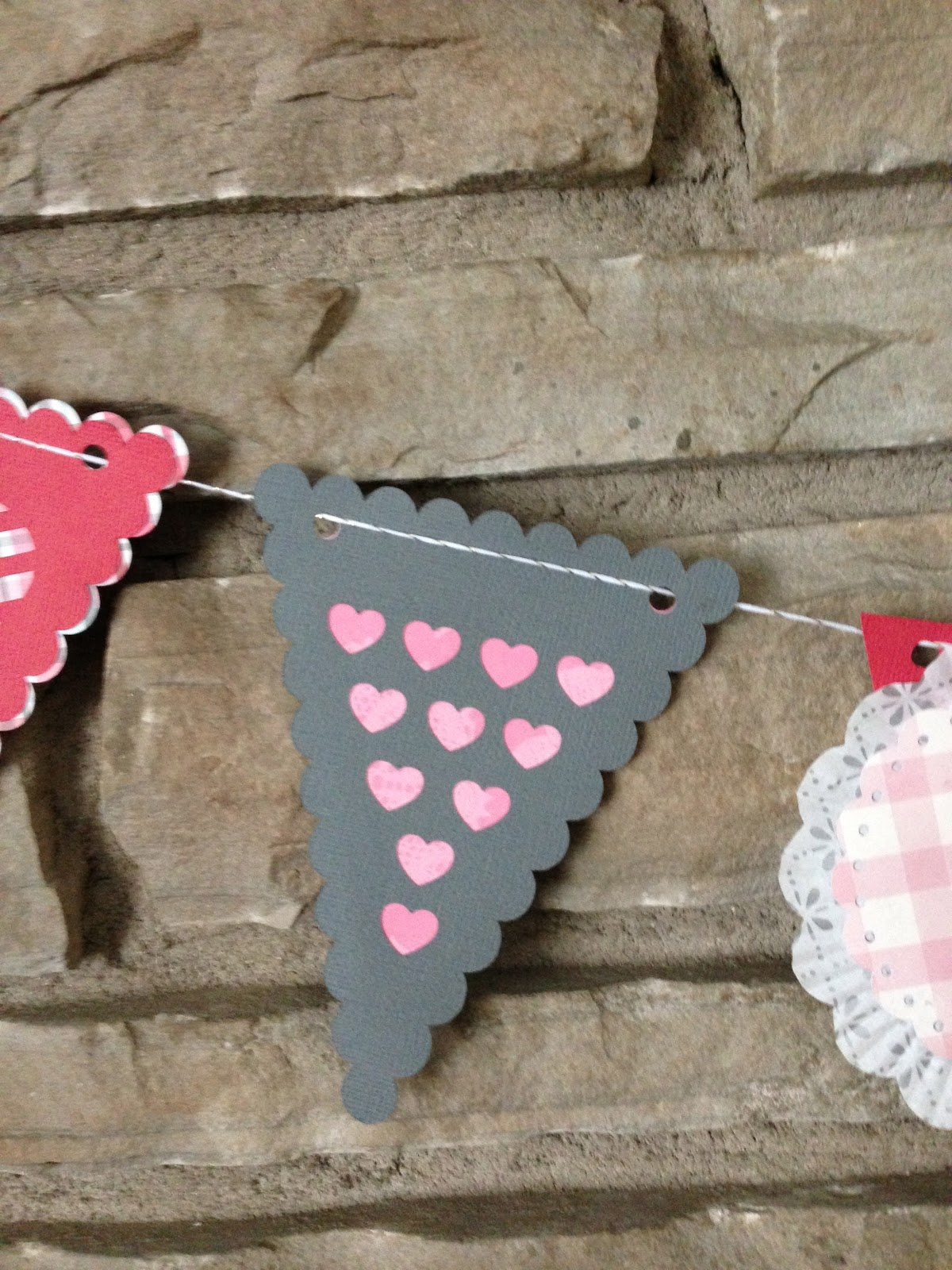 Mrs Crafty Adams How To Make A Valentine Garland With A Silhouette Cameo