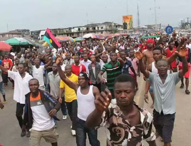 Anybody Found With Biafra Flag Will Be Arrested – Nigerian Police