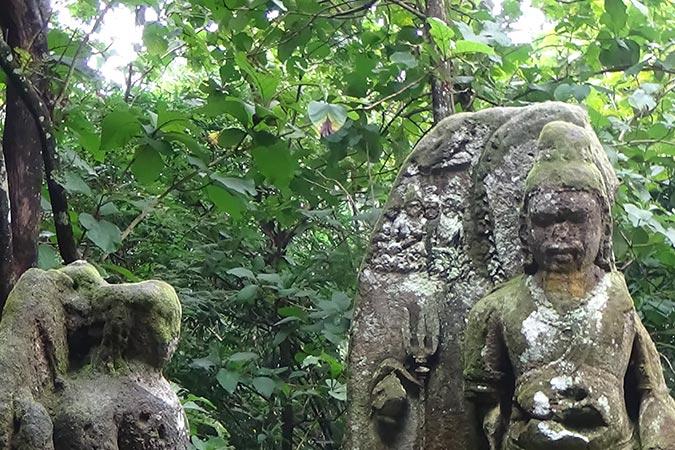 Dlium Gupolo statue
