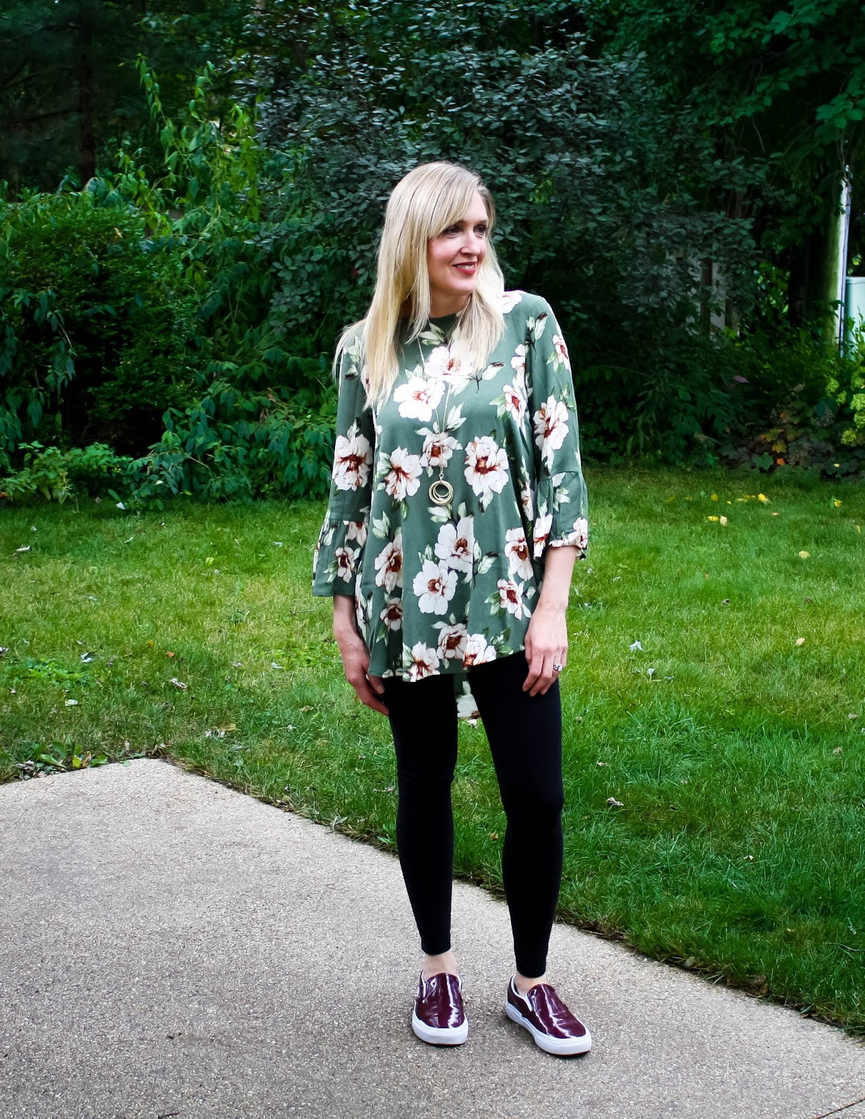 Easy Travel Style: Olive Floral Tunic with Leggings