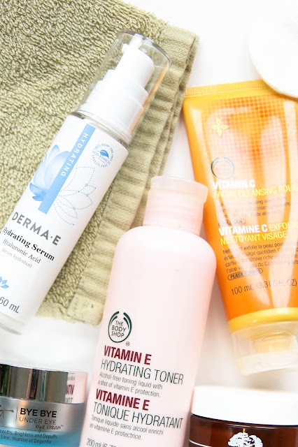 Evening Skincare Routine for Dry Skin