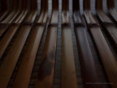煤竹の茶杓 削りの支度