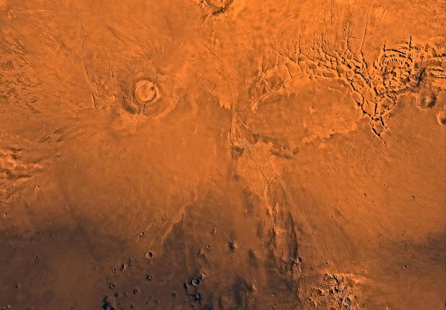 Phoenicis Lacus region of Mars