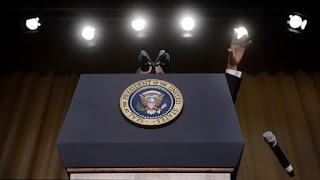 9 khoảnh khắc đáng nhớ của Obama trong 10 năm tại vị 8