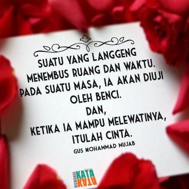 Kumpulan Contoh Puisi Cinta Terbaru Paling Romantis