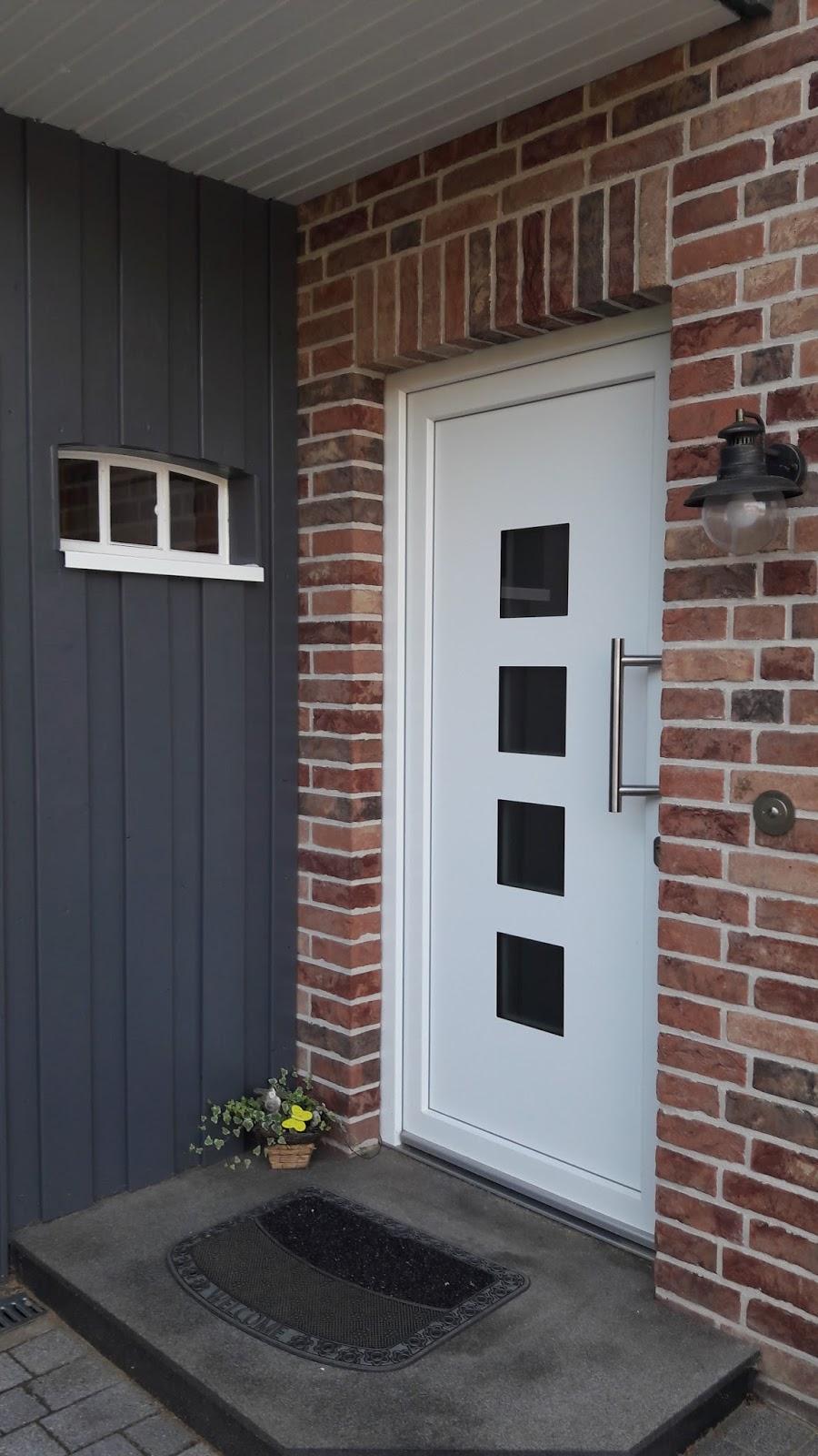 ein traumhaus f r familie s step by step zum carport 7 fenster t ren. Black Bedroom Furniture Sets. Home Design Ideas