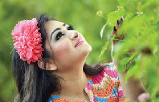 Racy Bangladeshi Actress Romantic Photo