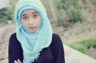 abg jilbab pamer BH
