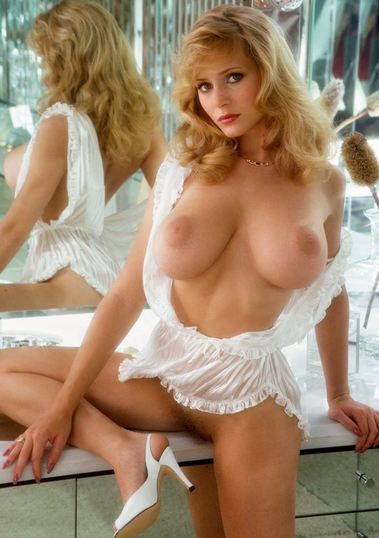 mature women tasteful nudes