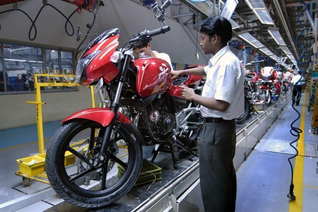 Bajaj Motors Hiring for Freshers