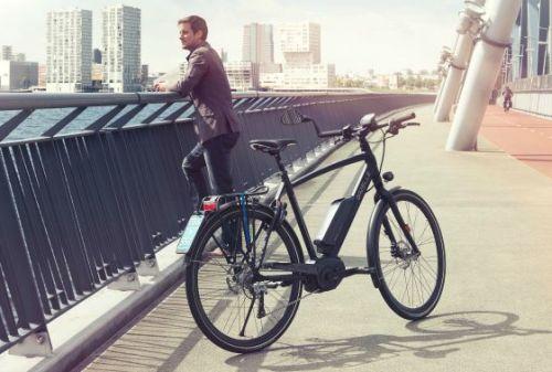 Drie populaire sportieve fietsen fietsen 2019 for Minimalistische fiets