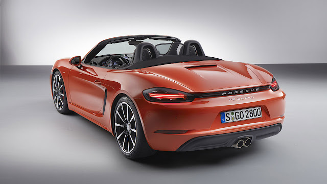 The new Porsche 718 Boxster: The definitive mid-engined roadster