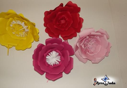 Flor de papel para decorar casa