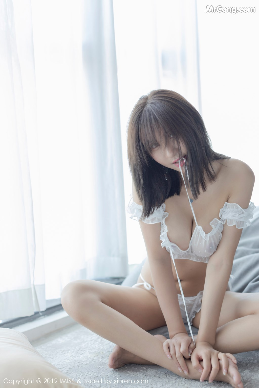 Image IMISS-Vol.339-SOLO-MrCong.com-036 in post IMISS Vol.339: SOLO-尹菲 (39 ảnh)