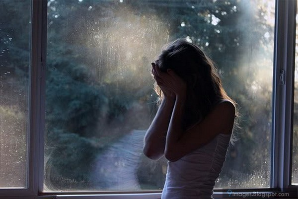Sad Girl Crying Alone Cutest
