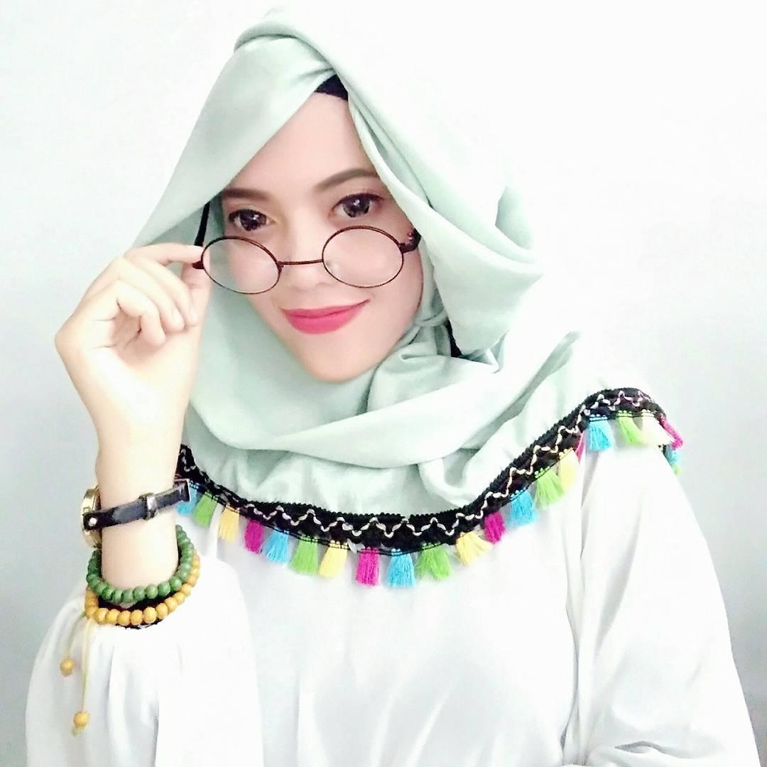 32+ Model Jilbab Instan Modis Syari'i Berbagai Gaya