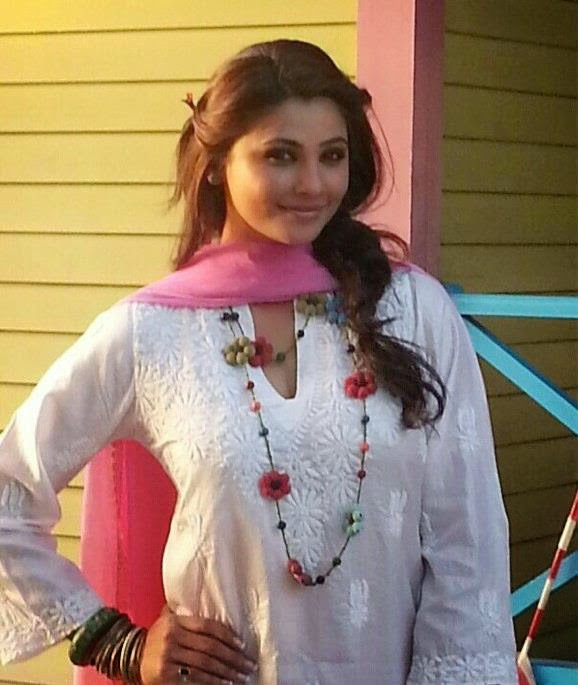 Daisy Shah Full Hot Hd Wallpaper 2015-Sexy Pictures-Cool