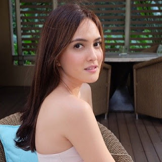 Shandy Aulia - Women Seductive Eyes