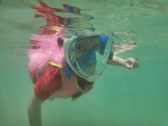 Haciendo Snorkel en la ensenada del Playa del Intercontinental Hotel Mauritius Balaclava Resort