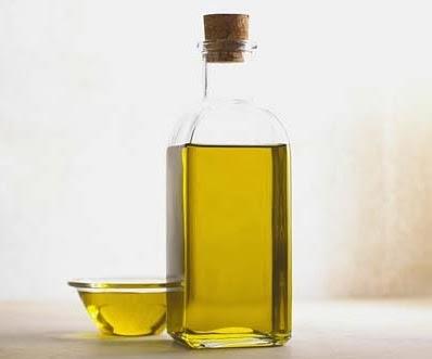 Tips Ampuh Hilangkan Kertas Label Pada Botol Kaca