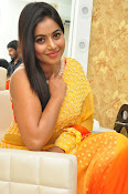 poorna gorgeous photos gallery-thumbnail-1