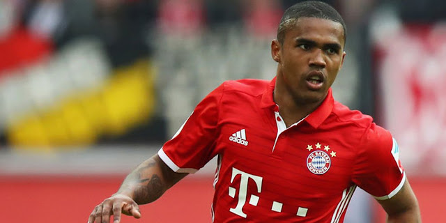 SBOBETASIA - Bayern Konfirmasi Bicara Transfer Douglas Costa Dengan Juve