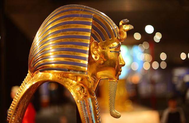 Agama menjadi basis atau dasar yang besar lengan berkuasa dalam kehidupan masyarakat Mesir Sejarah Religi Peradaban Mesir Kuno