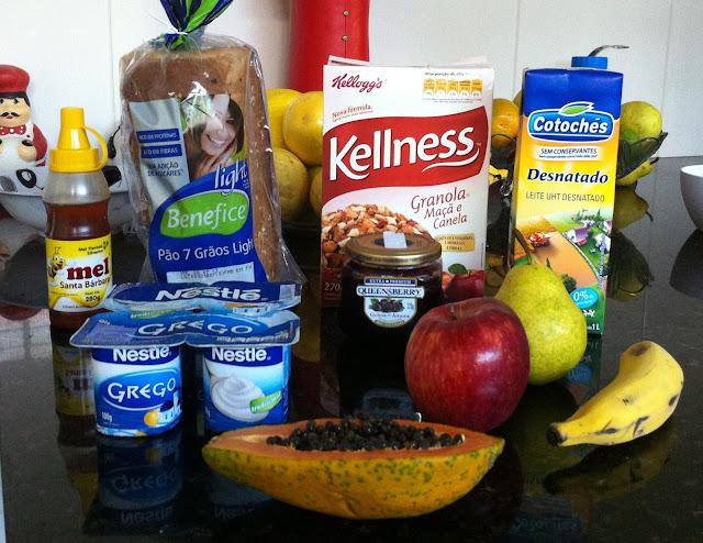 Top 10 Para Um Lanche Saudável : Alimentação Mel Pão Integral Light Cereias Leite Desnatado Iogurte Geleia Frutas