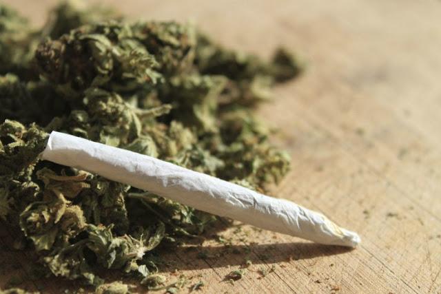 Averigua si la marihuana causa alguna enfermedad mental