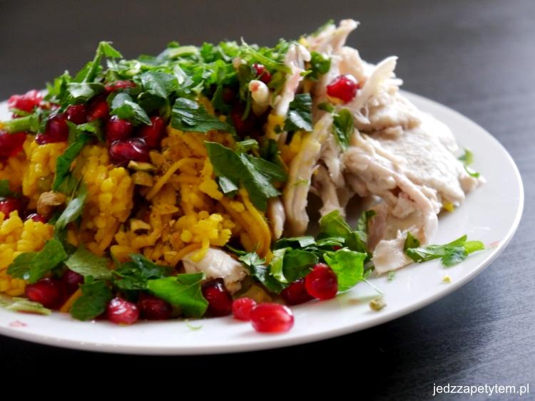 Ryż z kurczakiem i orzechami po libańsku