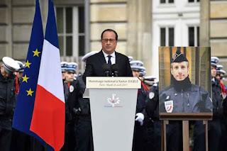Francia rinde emotivo homenaje nacional a policía víctima de ataque