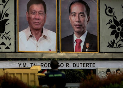 Rodrigo Duterte, left, and Joko Widodo, right.